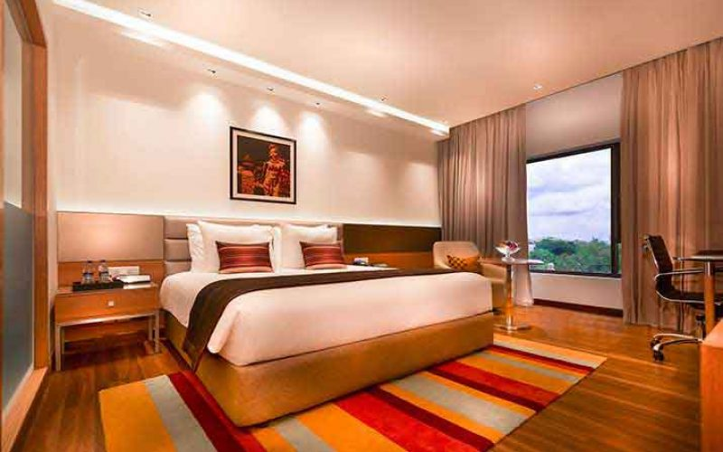 Chennai: Offering you the best of Luxury