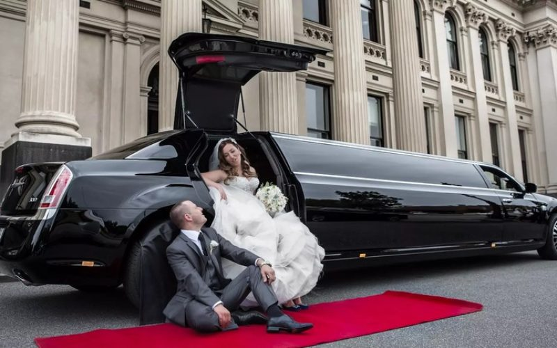 Hire Vaughan Wedding Limo Services Online